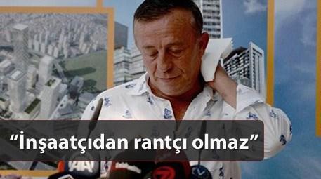 Ali Ağaoğlu basın açıklaması yaparken