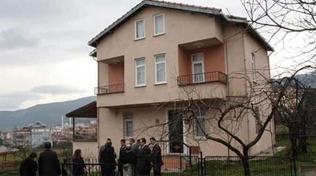 Sinop'taki emekli öğretmenin kütüphane olması için bağışladığı ev