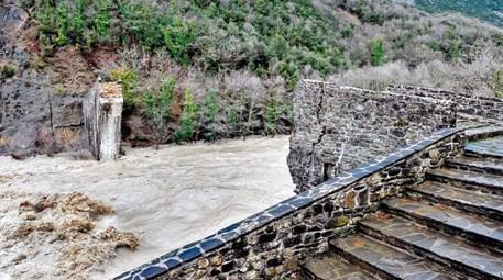 Osmanlı köprüsünü Yunan iş adamı onaracak!