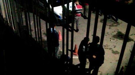 Balıkesir'de inşaat işçileri birbirine girdi!