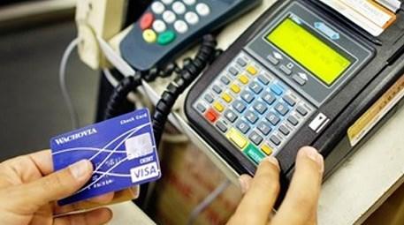 BDKK'nın düzenlemesi kredi kartı kullanımını geri çekti!