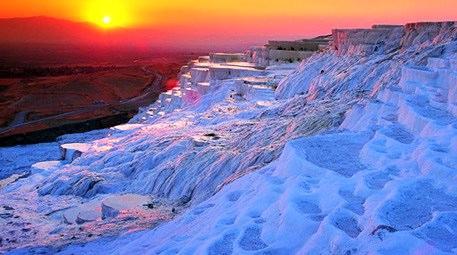 TOKİ Denizli'ye termal kent kuruyor