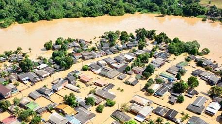 Sel nedeniyle 7 bin kişi evsiz kaldı!