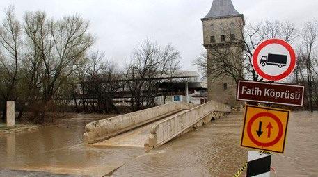 Tunca Nehri köprü
