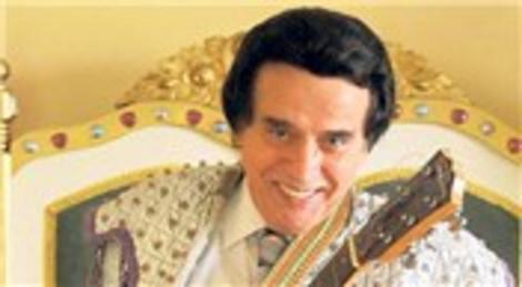 Erol Büyükburç, Etiler'deki evinde ölü bulundu!