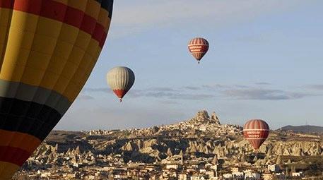 Kapadokya, balon turizmi ile ekonomide uçuşa geçti!