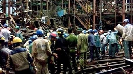 Vietnam'da inşaat iskelesi