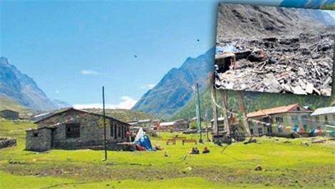 Nepal depremi bir kasabayı böyle yuttu!