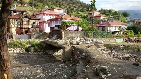Çorum'daki o köyleri sel suları bastı!
