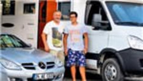Aslantuğ ailesinin lüks villada karavan tatili!