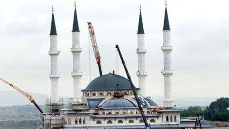 Cumhurbaşkanlığı Sarayı'ndaki cami bugün açılıyor!