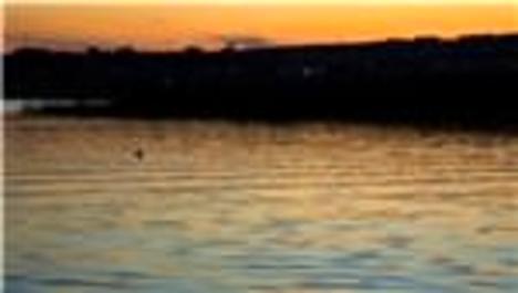 Mogan Gölü'nün dip çamuru temizlenecek!