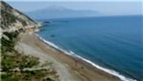Samandağ sahili kirlilikten kurtarılıyor