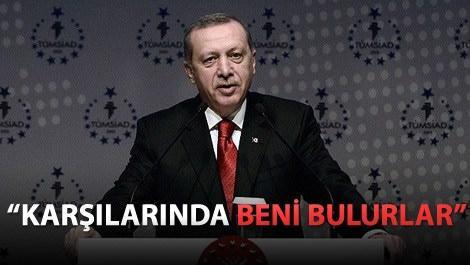 Cumhurbaşkanı Recep Tayyip Erdoğan kürsüde konuşurken