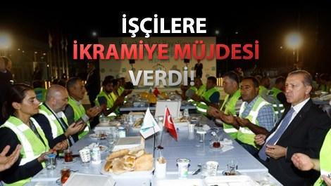 Recep Tayyip Erdoğan 3. havalimanında iftar yaparken