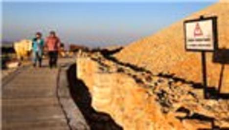 Nemrut Dağı tümülüsü duvarlarla korunacak!