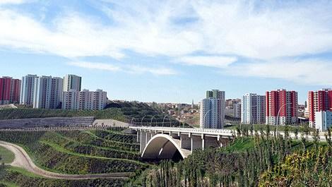 Yüksek binalı TOKİ konutları