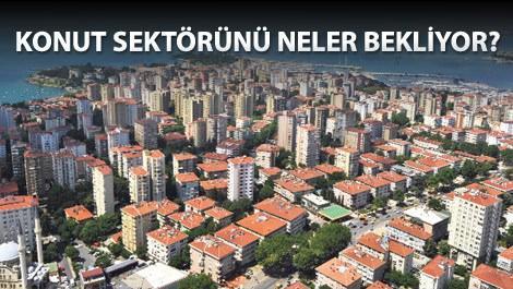 İstanbul'da denize nazır sıra sıra binalar
