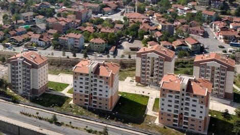 toki konutları ile normal evlerin yukarıdan görünümü