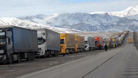İran Türk TIR'larına kapris yaptı, Hazar devreye girdi!