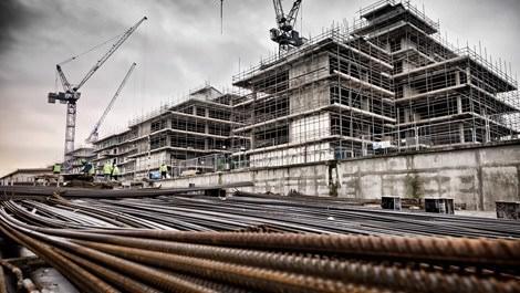 Avrupa'daki bir inşaatın demir görüntüleri