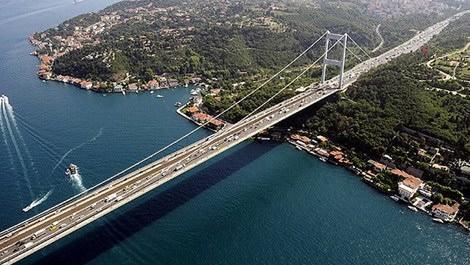 İstanbul Boğaz Köprüsü'nden geçen araçlar