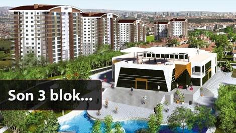 Mebuskent  projesindeki bloklar ve sosyal alanlarda dolaşan insanlar