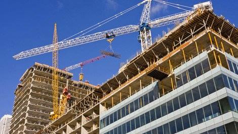 Yurt dışında devam eden bir binanın inşaatı