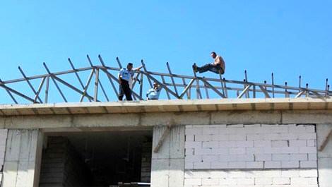 Maaşını alamayan inşaat işçisi intihar girişiminde bulundu!