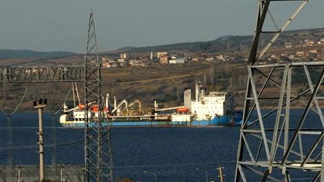 Deniz altı elektrik