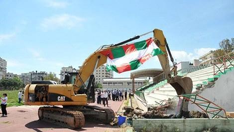 Karşıyaka Stadı'nda inşaat başladı