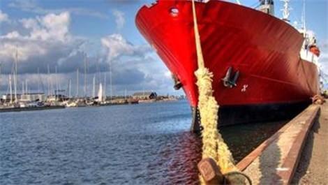 Kırmızı gemi