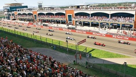 formula 1 yarışlarının düzenlendiği istanbul park pisti