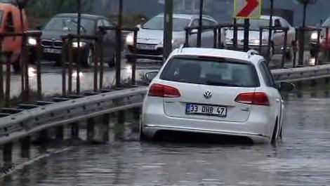 Beykoz'da sağanak yağış