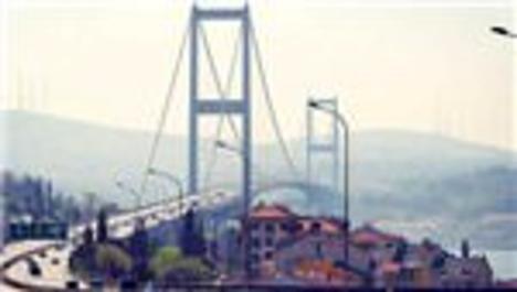 Boğaziçi Köprüsü'nde bakım 2016'ya kaldı
