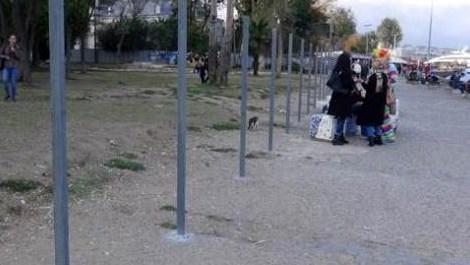 Fındıklı Parkı'ndaki demir çubuklar