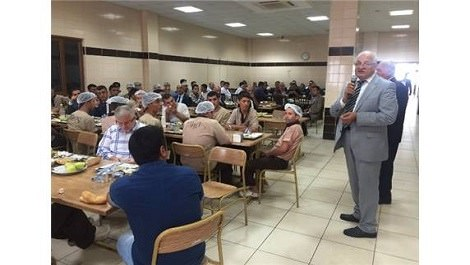 Gaziantep OSB işçileri Milletvekili Erdoğan'ı dinliyor