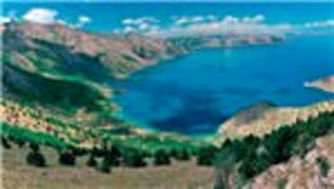 Van Gölü'ne feribotlu doping