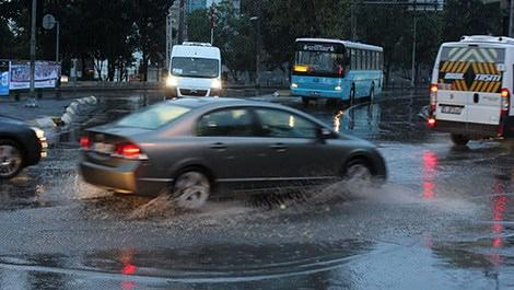 İstanbul'u şiddetli yağmur vurdu