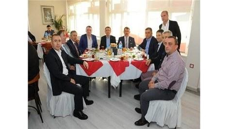 söktöre temsilcilerinin kahvaltıda buluşması