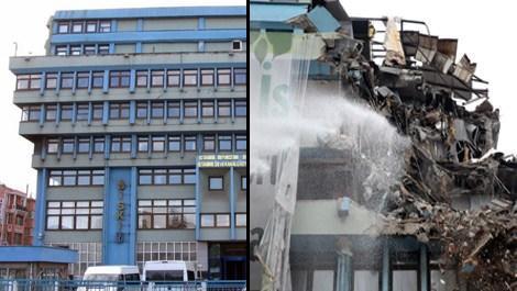 Aksaray İSKİ binasının yıkımına başlandı!