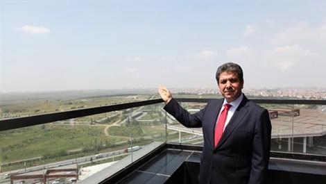 Esenler şehir parkı ve Esenler Belediye Başkanı M. Tevfik Göksu