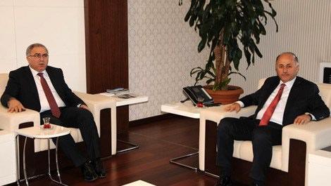 TOKİ Başkanı Mehmet Ergün Turan ve  Bartın Valisi Seyfettin Azizoğlu