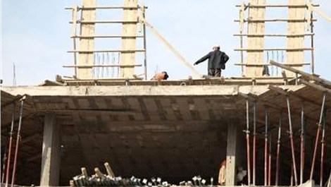 Adana'daki inşaat işçileri pes dedirtti!