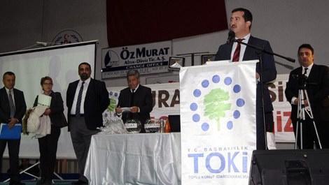 TOKİ'nin Beydağı konutları için kuralar çekildi