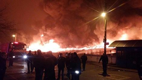 Osmanlı Halk Pazarı yangın