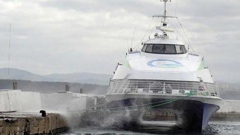 Deniz ulaşımı bu kez fırtına nedeniyle engellendi