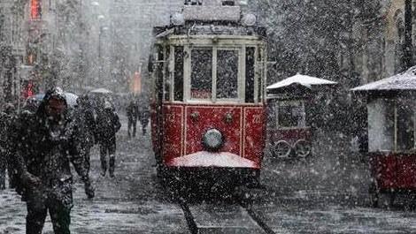 İstanbul'da beklenen kar geri geldi