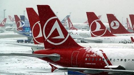 Havayolu şirketleri bazı seferlerini iptal etti