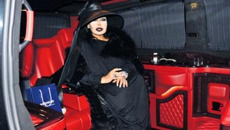 Diva, mağazayı minibüsüne taşıdı